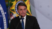 """Coronavírus: Bolsonaro chama de """"ditadores"""" atos de prefeitos e governadores"""