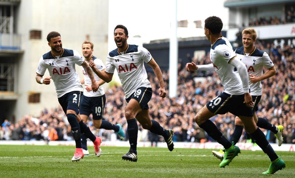 Mousa Dembele celebrates putting Tottenham ahead