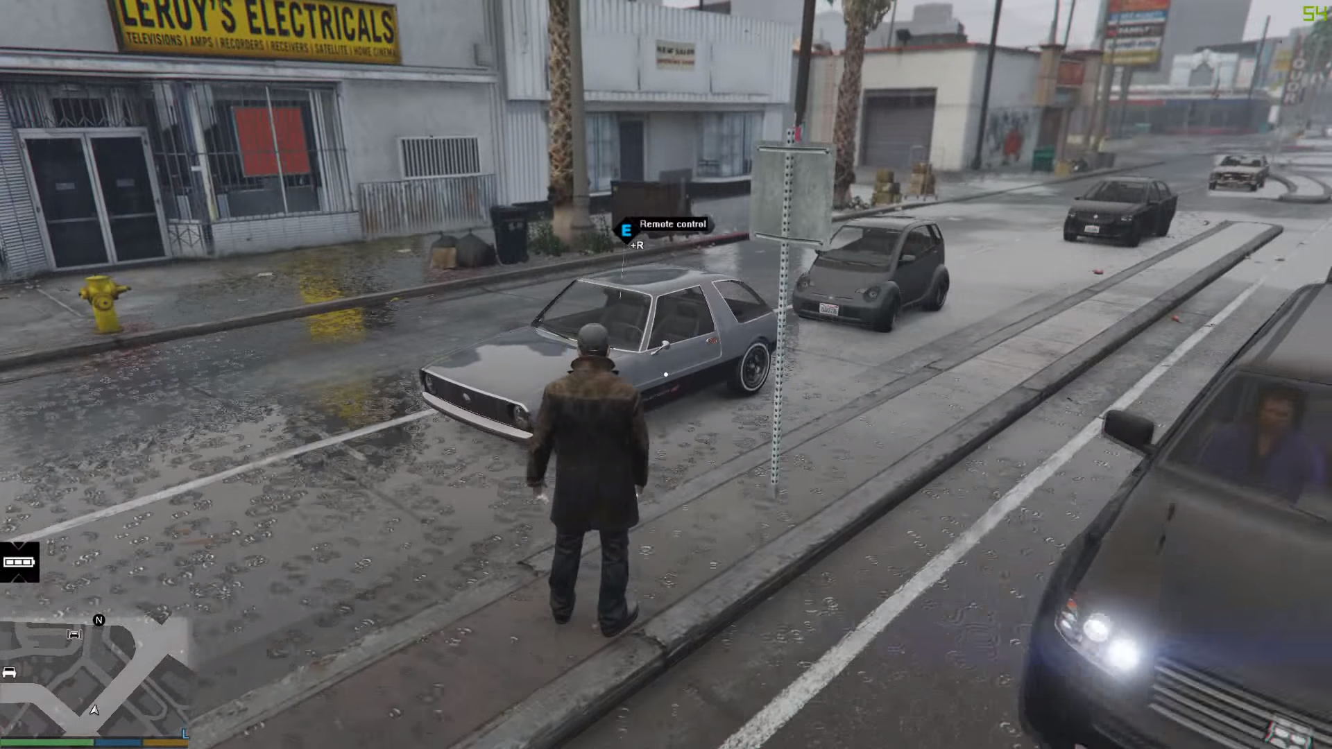 GTA V traffic turns into chaos with Watch Dogs mod