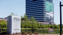 U.S. accuses Fiat Chrysler, union of conspiring to break labor laws