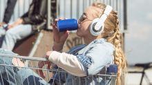 Lo que les pasa a los jóvenes que toman bebidas energéticas