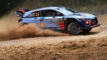 Neuville sweeps to lead in Australia as Mikkelsen falters