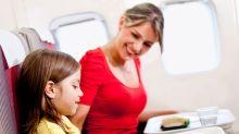 ¿Por qué la comida de avión sabe distinta?