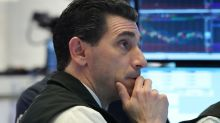 Dow Jones e S&P 500 fecham em baixa após alerta da Apple