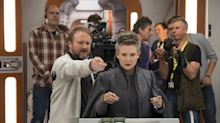 Costars reveal Carrie Fisher's funny, poignant final days on set of 'Star Wars: The Last Jedi'