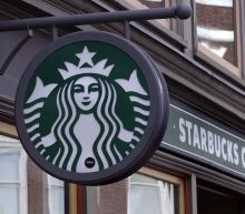 Starbucks CEO chats with YF at the Annual Shareholders Meeting