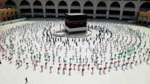Pilgrims Return To Mecca as Saudi Arabia Eases Coronavirus Restrictions
