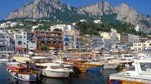 Si finge diplomatico per vacanza di lusso a Capri, arrestato