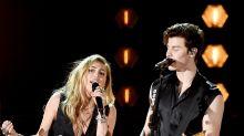 Miley Cyrus parodiert Shawn Mendes' Calvin-Klein-Kampagne