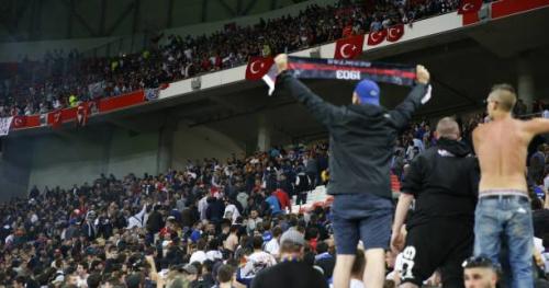 Foot - C3 - Les incidents de Lyon-Besiktas en questions