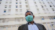 Coronavirus en France: l'épidémie toujours forte en 4e semaine d'un confinement resserré
