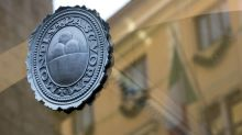 Monte Paschi Declines as Restructuring Far From Bearing Fruit