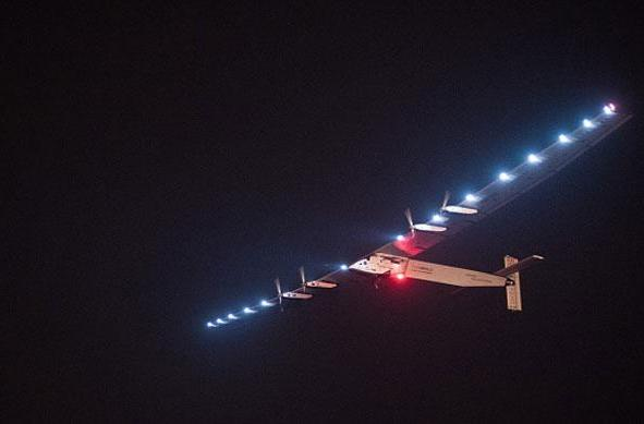 Solar Impulse begins its sun-powered flight across the Pacific (update: bad weather)