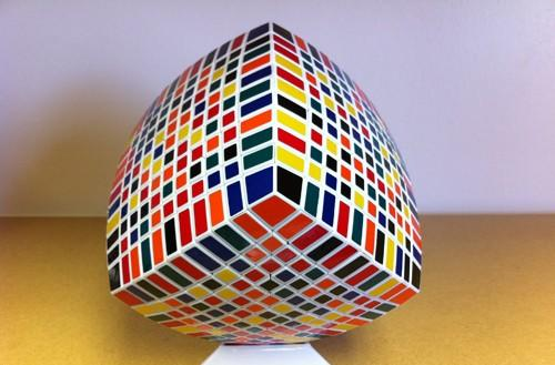 Scientists develop algorithm to solve Rubik's cubes of any size
