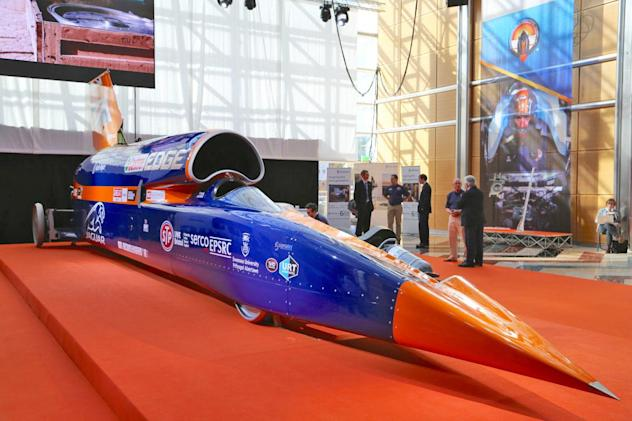 Bloodhound's rocket-powered test run delayed to 2019