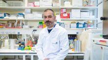El Pasteur de París lucha sin descanso contra el coronavirus