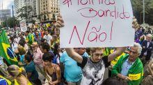 'Vem Pra Rua' convoca protesto contra PT em 260 cidades a uma semana da eleição