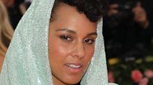 PSA: Alicia Keys just shared her strict 5-step skincare routine