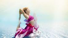 Conheça a ioga subaquática, modalidade que promete ser a aposta para o verão
