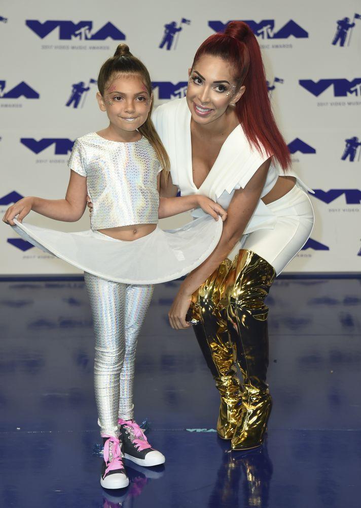 Farrah and her daughter Sophia