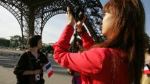 Europe brings on charm and blue skies to lure Chinese tourists