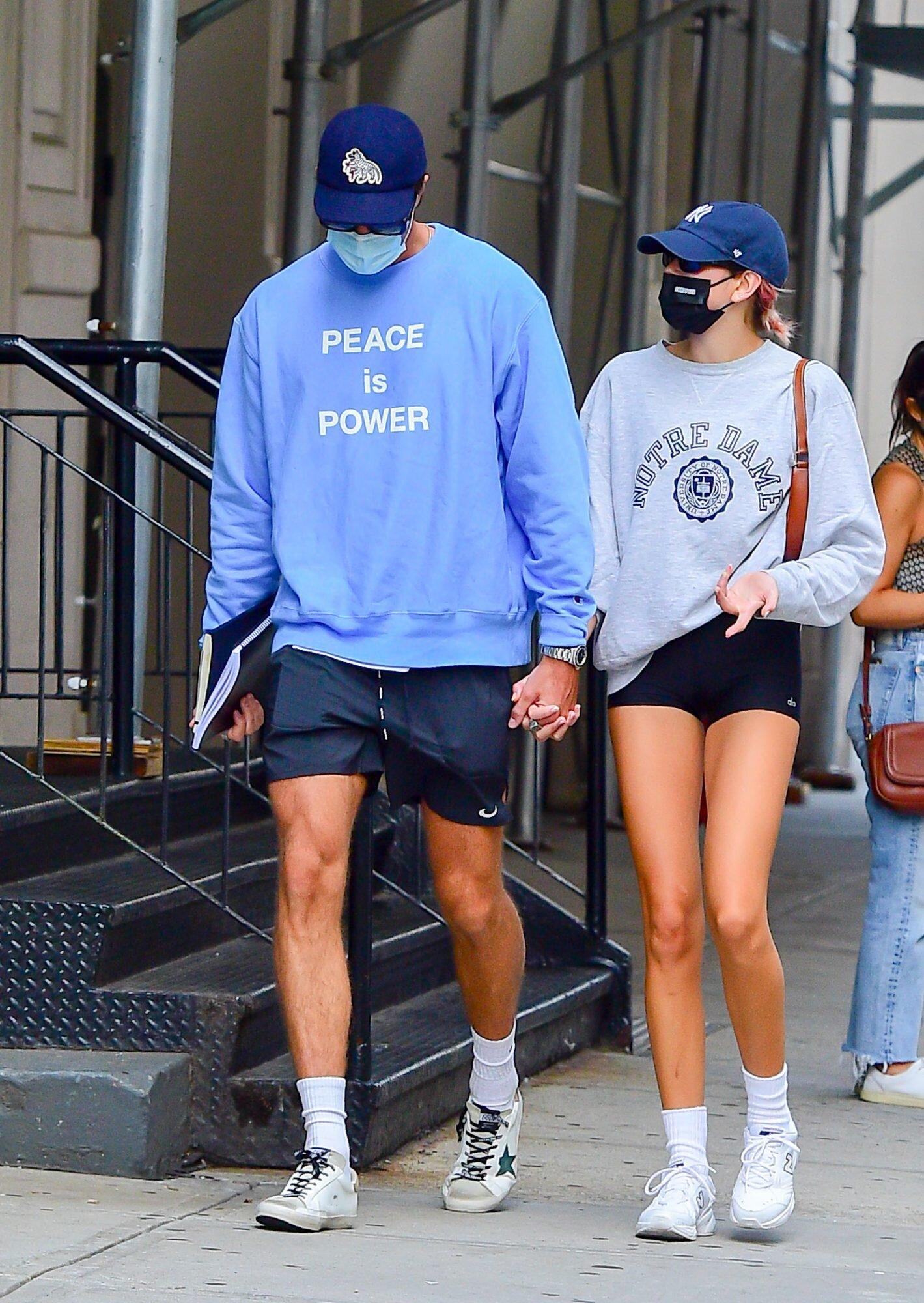 Kaia Gerber And Jacob Elordi Give A Lesson In Coordinated Athleisure