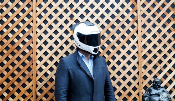 Skully debuts AR helmet app while navigating delays
