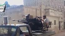 Raw: Syrian Troops, Rebels Clash in Aleppo
