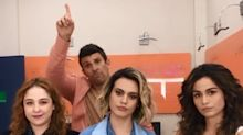 """Nanda Costa brinca em vídeo: """"Quem é hétero levanta a mão"""""""