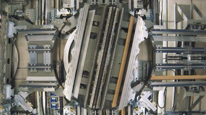 ThyssenKrupp realisiert kabellosen Aufzug, der auch seitwärts kann