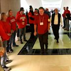 GM Lordstown plant workers urge rejection of UAW deal if their factory remains closed