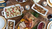 Zoës Kitchen Introduces Heat-and-Serve Turkey Dinners This Holiday Season