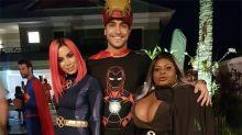 Anitta e Jojo Todynho viram super-heroínas em festão de luxo