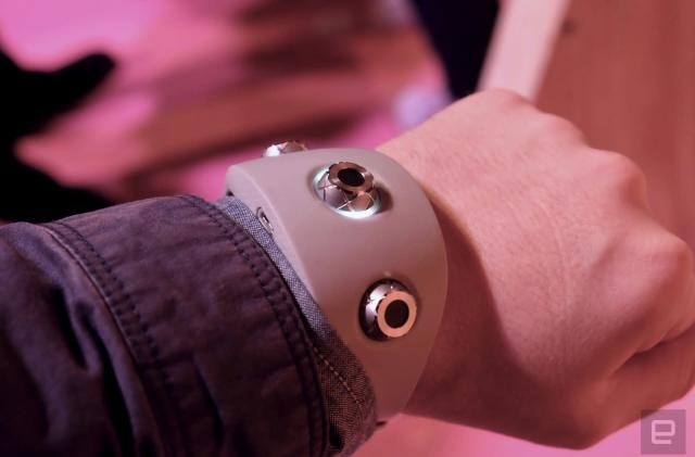 Sony's Motion Sonic wristband makes sound with a wave of your arm