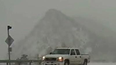Raw: Springtime Snow Hits Denver
