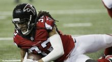 Falcons get an enormous fumble recovery, but could it have been a safety on them?