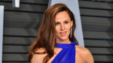 Jennifer Garner 'reveals' what she was thinking during viral Oscars meme of herself