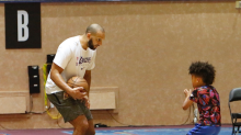 Jared Dudley's son is in a perfect spot: Camp Lakers in the bubble