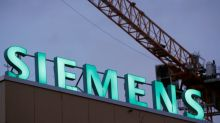 Green protesters step up pressure on Siemens over coal mine project