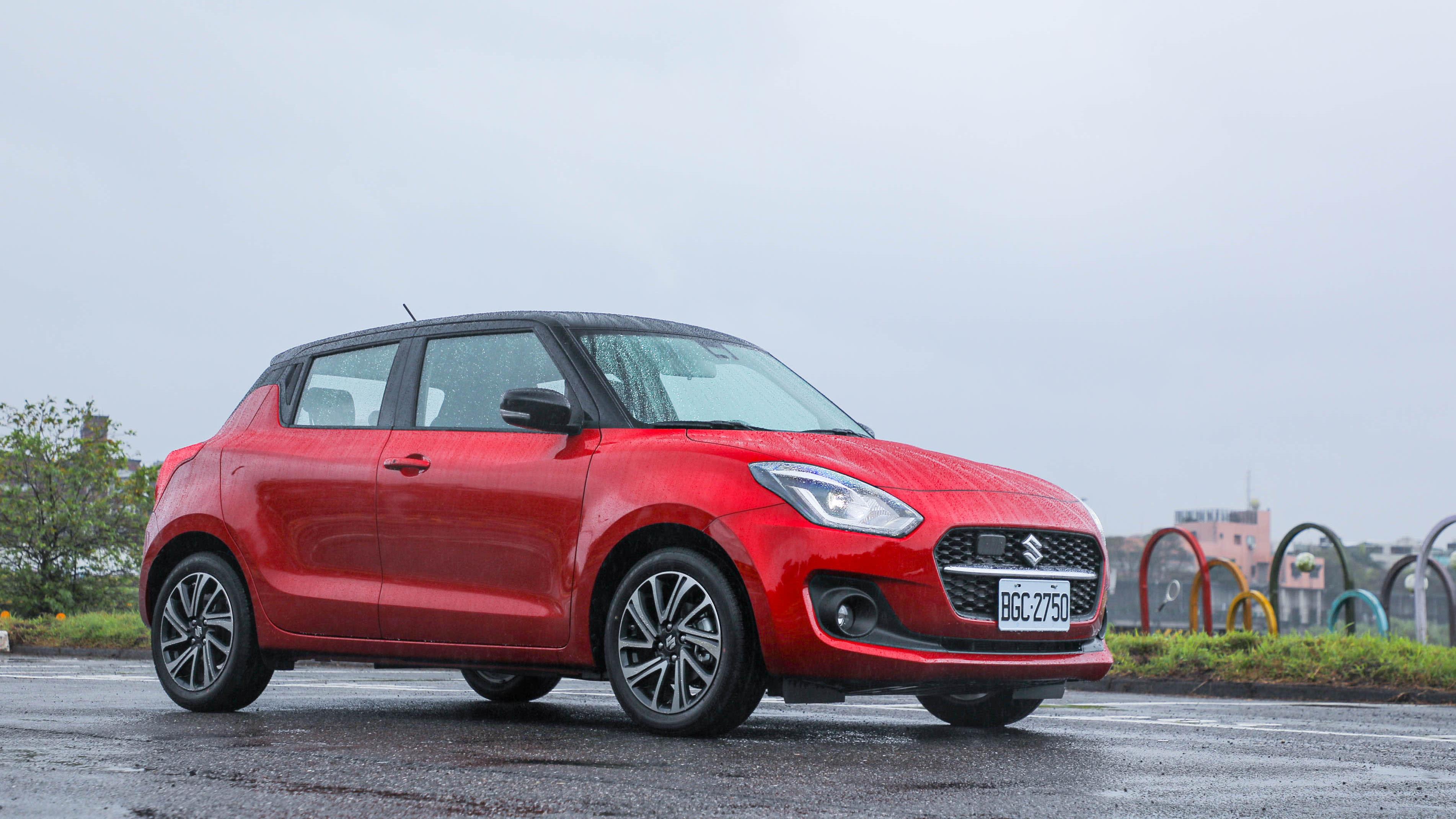都會代步超值之選!輕油電質感驚艷|Suzuki The New SWIFT 新車試駕