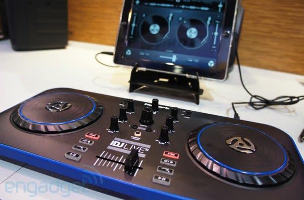 Numark iDJ Live II DJ controller hands-on (video)