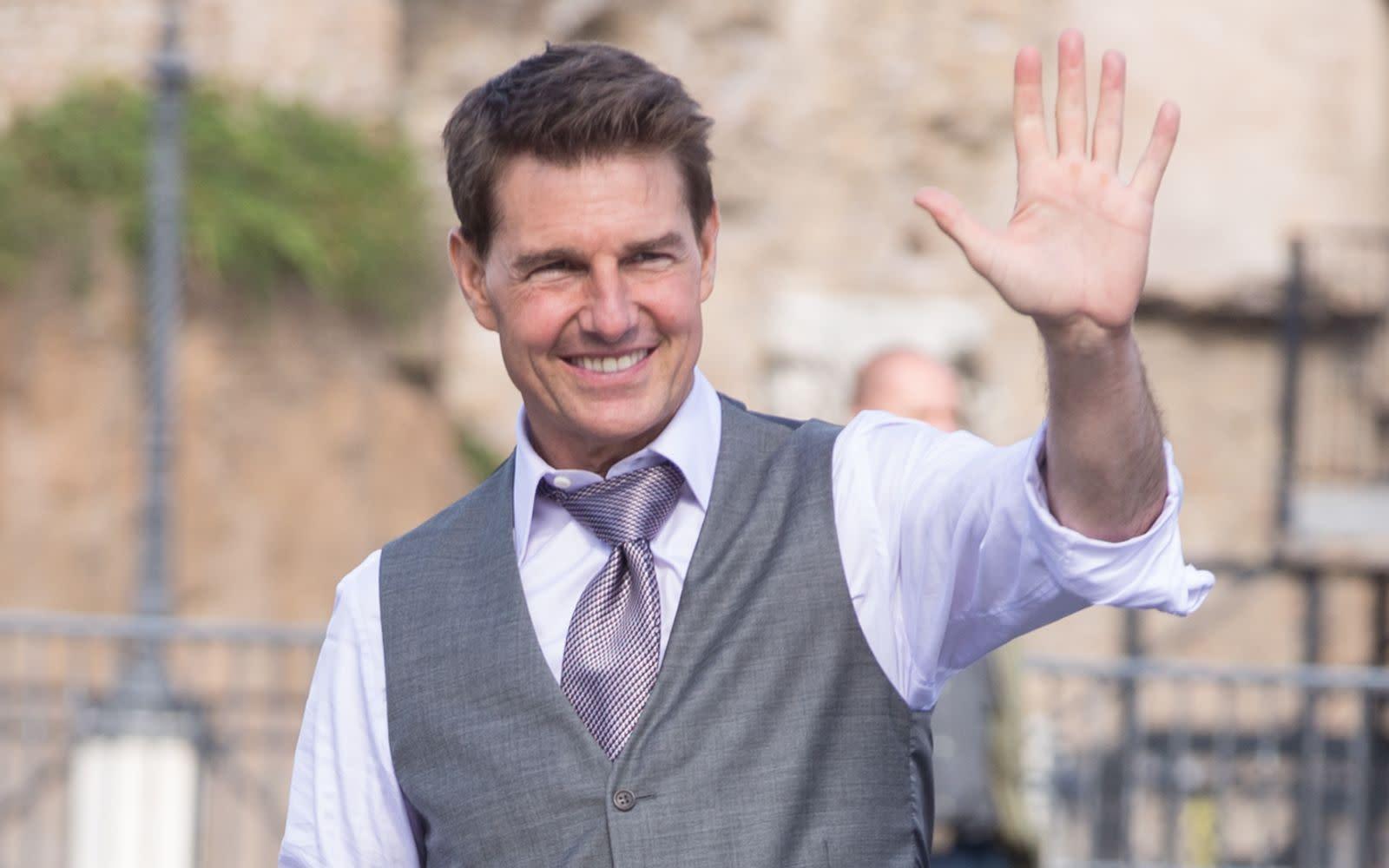 Tom Cruise: Überraschungsbesuch bei Mitarbeitern des britischen Gesundheitssystems