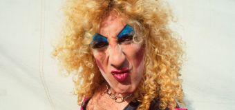 '80s rocker's pants mishap: 'I was commando!'