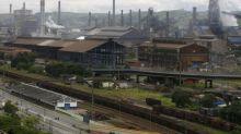 CSN dá folga para pessoal administrativo em usina no RJ, mantém produção