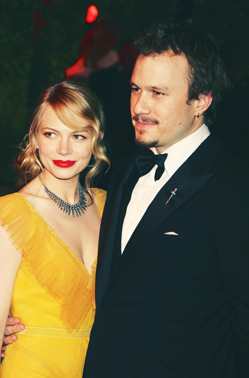 Heath Ledger's Dad Says He's 'Terribly Happy' for Michelle Williams
