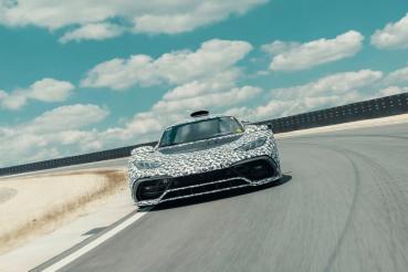 Mercedes-AMG Project ONE開始大量進行道路與賽道測試(內有影片)