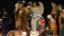 Religious group outraged after shopping center bans nativity scene display