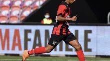 Foot - Transferts - Nîmes et Stuttgart suivent Jason Mbock