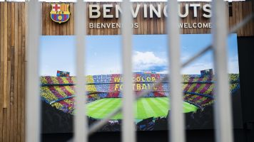Barcelona loses 6 board members amid turmoil