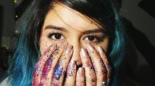 Como remover o glitter da make de Carnaval